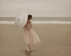 http://couldbeinteresting.files.wordpress.com/Ballerina on the beach